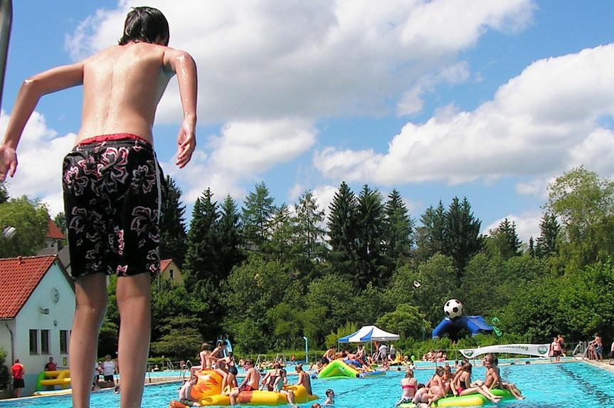 Freibad- um Schwimmbäder um Geretsried